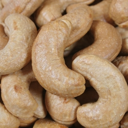 Cashews half salted
